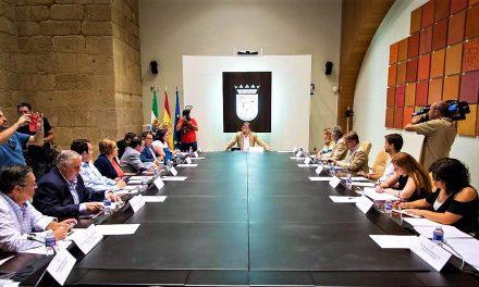 El Pacto por el Ferrocarril logra unanimidad en Extremadura