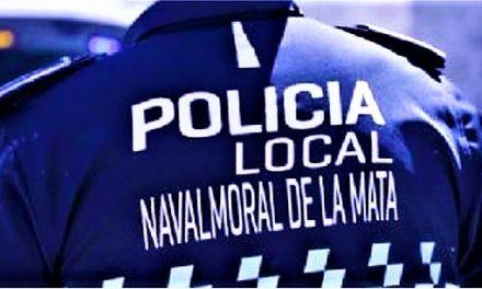 La Policía Local actúa contra bañistas con ropa