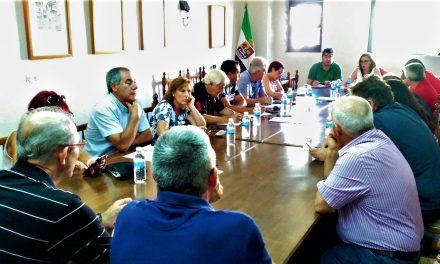La directora general de Urbanismo se reune con los alcaldes veratos
