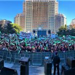 Extremadura se concentra en Madrid por un #TrenDignoYa