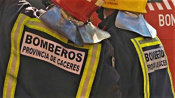 Arde una casa en el paraje de las piscinas de Villanueva de la Vera