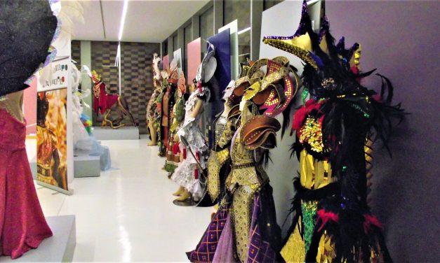 La Gota se pone de largo con el Museo del Carnaval