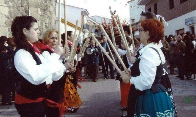 El fuego y el tamborilero vuelven a Majadas por San Sebastián