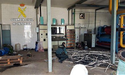 Roban cobre en Navalmoral causando daños por más de 100.000€
