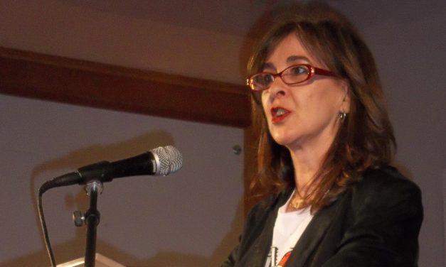 Almaraz entrega más de 37.000 euros en becas de estudios