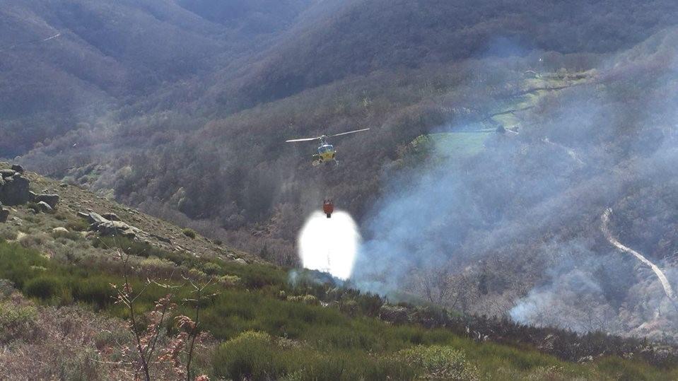 Incendio ayer en Aldeanueva de la Vera, a pesar de las lluvias
