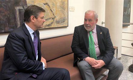 Catalá confirma a Rafael Mateos que en junio funcionará el juzgado nº 3 de Navalmoral