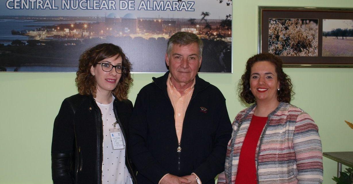 """""""De Centrales Nucleares y Almacenes Temporales Individualizados. El Cuento de Nunca Acabar"""" por UdPM"""