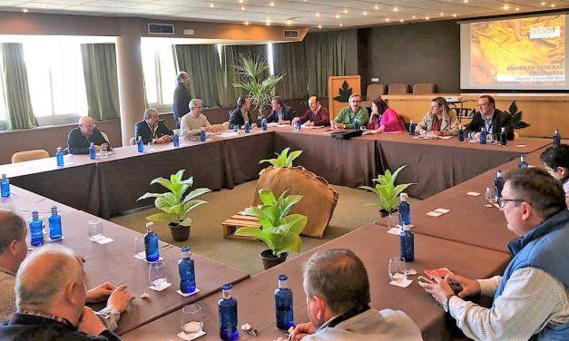La Junta presenta en Talayuela un nuevo proyecto para el seguimiento de la hoja de tabaco