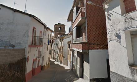 Cae un niño desde el balcón de su vivienda en Jaraíz