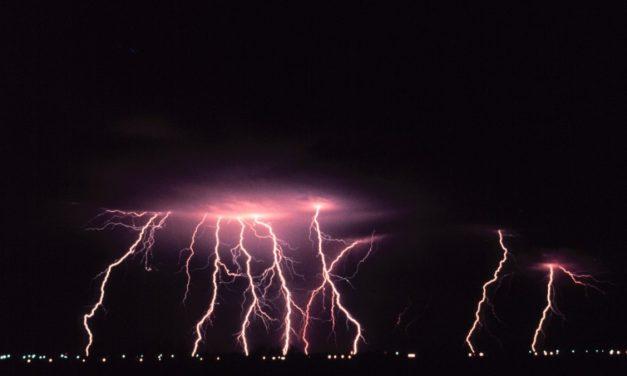 El 112 activa hoy la Alerta Amarilla por peligro de tormentas en toda la provincia de Cáceres