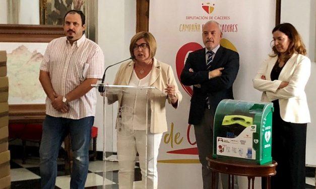 Diputación entrega 227 desfibriladores a los municipios y entidades locales menores