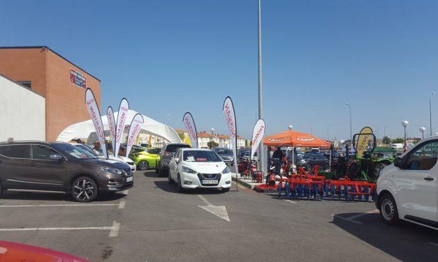 El éxito acompaña a la Feria del Automóvil 2018 de Navalmoral, a pesar de las altas temperaturas