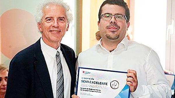 El Hospital Campo Arañuelo recibe un premio por los servicios en Medicina Interna