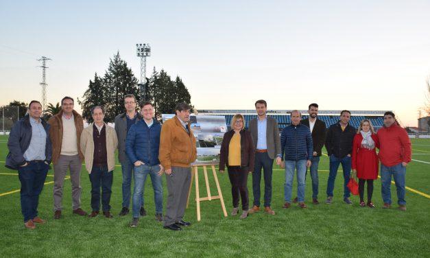 La presidenta de Diputación inaugura el césped artificial del campo de fútbol de Jaraíz