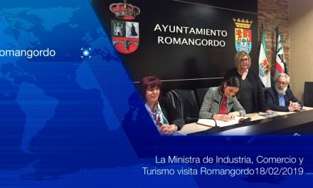 La ministra de Turismo promete un congreso de lo rural en Romangordo