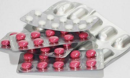 El Centro de Farmacovigilancia de Extremadura pide que se participe en la notificación de las reacciones adversas a medicamentos
