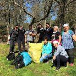Voluntarios medioambientales recogen 20 kg de basura en el río Ibor