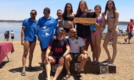 ADA-Navalmoral regresa satisfecha de la Travesía de Aguas Abiertas en Alburquerque