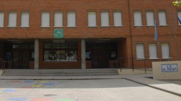 El AMPA del CEIP El Pozón, indignados ante la actitud de las instituciones para con el colegio.