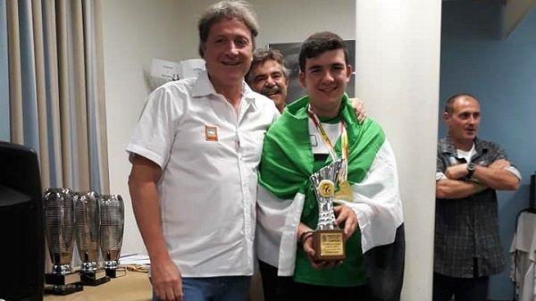 El jarandillano Carlos Delgado, campeón de España de salmónidos mosca en categoría juventud