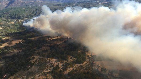 El 112 informa y aconseja sobre el incendio de Villanueva de la Vera