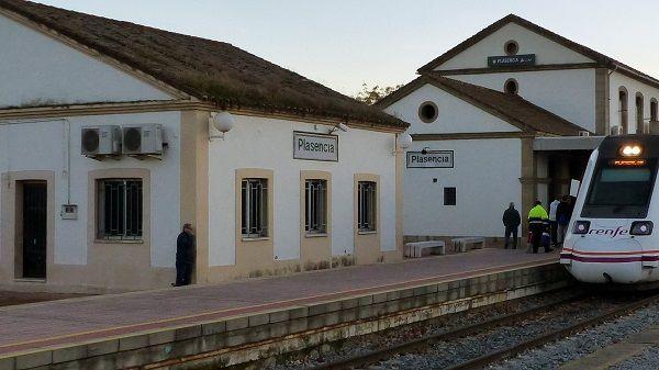 Renfe AVISA que realizará transbordos por carretera entre Plasencia y Monfragüe, el 15 y 16 de diciembre