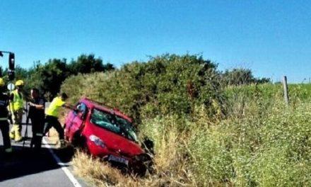 Un varón de 55 años, herido en un accidente de tráfico cerca de Aldeanueva de la Vera