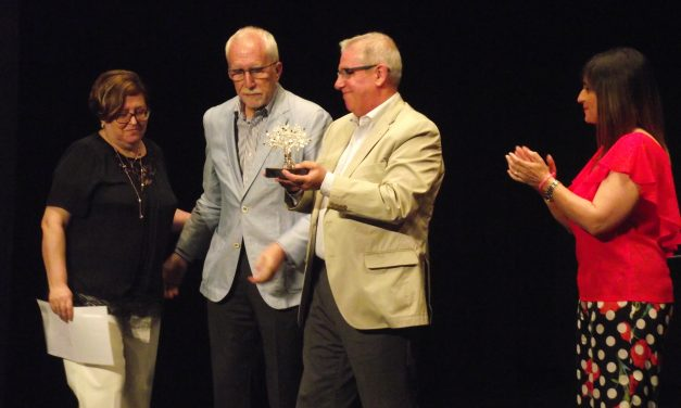 El Teatro del Mercado acoge la gala del XV Premio de Novela Encina de Plata