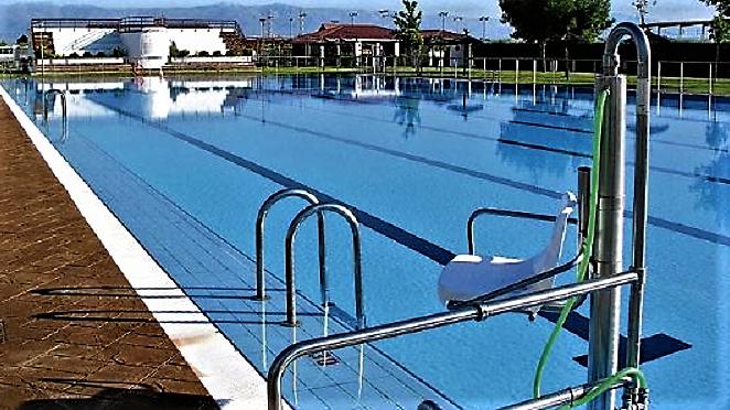 Navalmoral informa sobre el retraso ocurrido hoy en la apertura de la piscina municipal