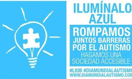 """El Ayuntamiento moralo se une a la campaña """"Ilumínalo de Azul"""""""