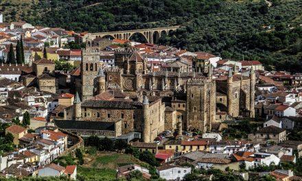 Diputación marca con 52 hitos el camino Real a Guadalupe