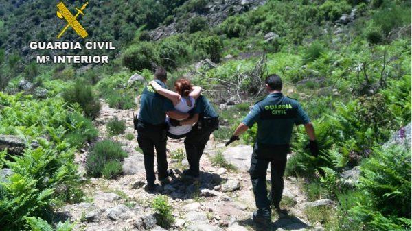 Rescatados dos senderistas perdidos en La Vera