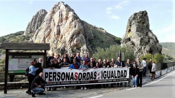 La Asociación de Personas Sordas de Cáceres, APSCC, visita Monfragüe
