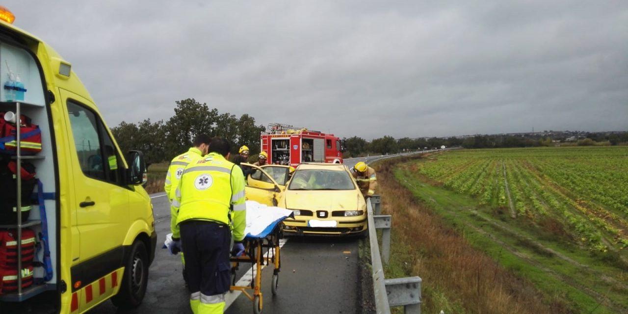 El 112 Extremadura ha intervenido en 37 accidentes de tráfico durante la 2ª fase de las fiestas Navideñas