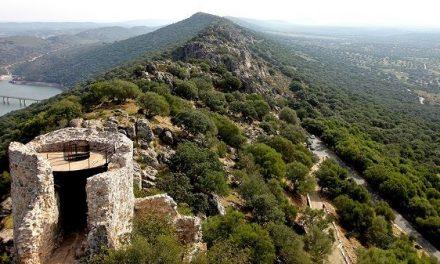 4 turistas se precipitan de un mirador en Monfragüe