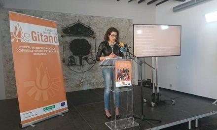 """La Fundación Secretariado Gitano presenta en Navalmoral su Programa Socio-Laboral """"Puerta de empleo"""""""