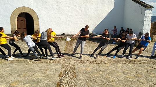 Un grupo de jóvenes moralos peregrina hasta Belvís
