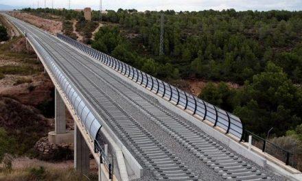 Adjudicados más de 11 M€ para duplicar la vía en el tramo Cáceres-Mérida