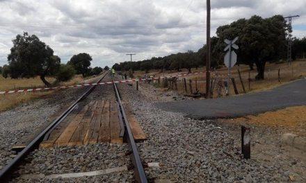 Adif AV adjudica la supresión de tres pasos a nivel del trayecto Monfragüe-Plasencia