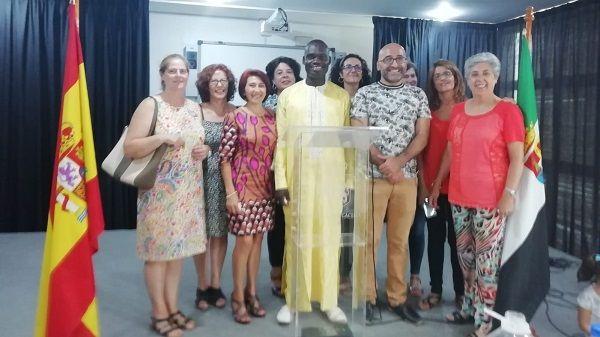 El CRA Río Tajo en Casas de Belvís recibe a Aly el maestro de Passy en Senegal