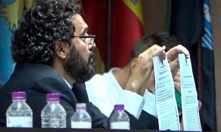 Tensión y polémica en el Pleno extraordinario convocado por PP, Unidas por Navalmoral y Vox