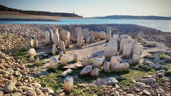 Arqueólogos del Museo Nacional de Arqueología Subacuática (ARQVA) participarán en la conservación del dolmen de Guadalperal