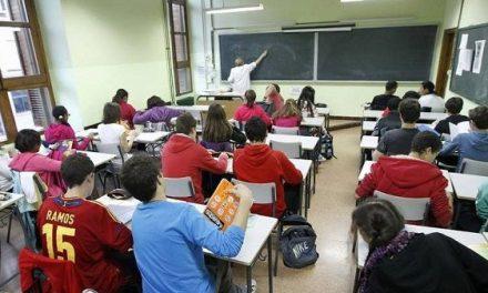 Comienza a impartirse memoria histórica en los institutos extremeños
