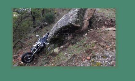 Un motorista, politraumatizado en un accidente de tráfico ocurrido en Garganta la Olla