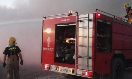 Varón de 34 años herido en el incendio de una vivienda en Torremenga