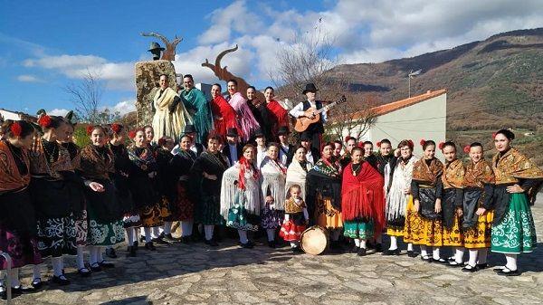 Losar de la Vera inaugura el edificio Salmorena dedicado a su grupo folklórico