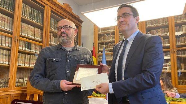 Pedro Gascón Sanmartín gana el primer premio del concurso de relatos de navidad