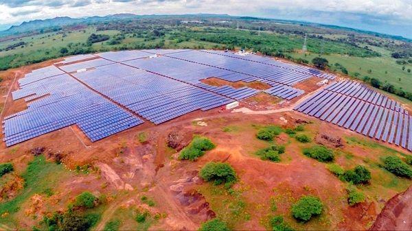 La Planta Fotovoltaica Talayuela Solar dona 15.000€ al Ayuntamiento de Talayuela