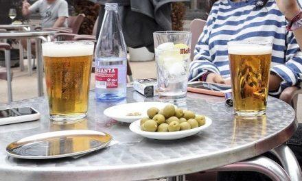 Navalhostel informa que el bar Caribe y el bar Fanin permanecerán cerrados una semana